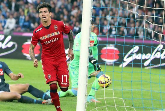 Cagliari v Bari Farias DE. Cagliari