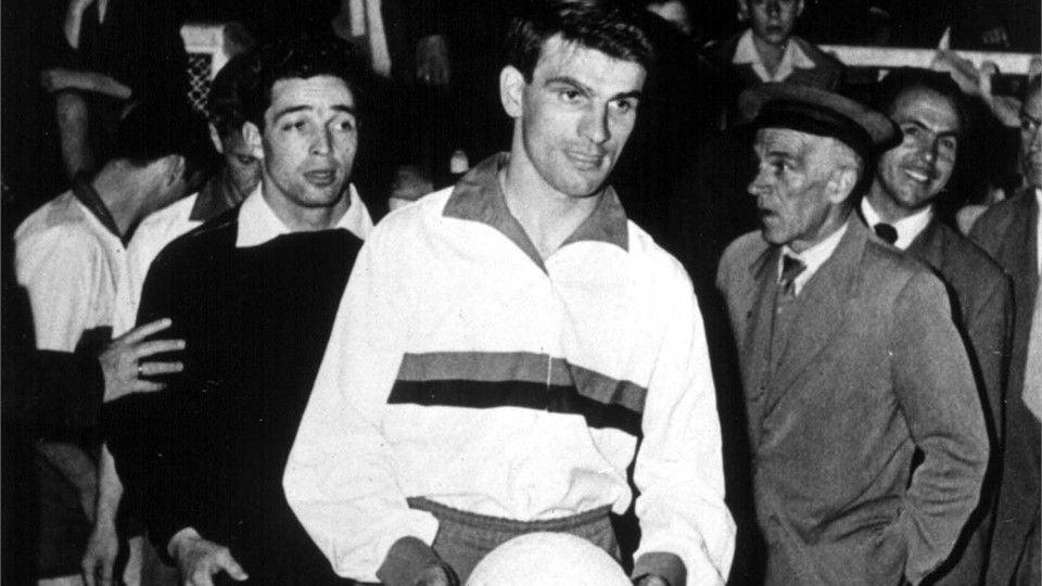 Suiza 1954 Un gran Sándor Kocsis eclipsó a Ferenc Puskás